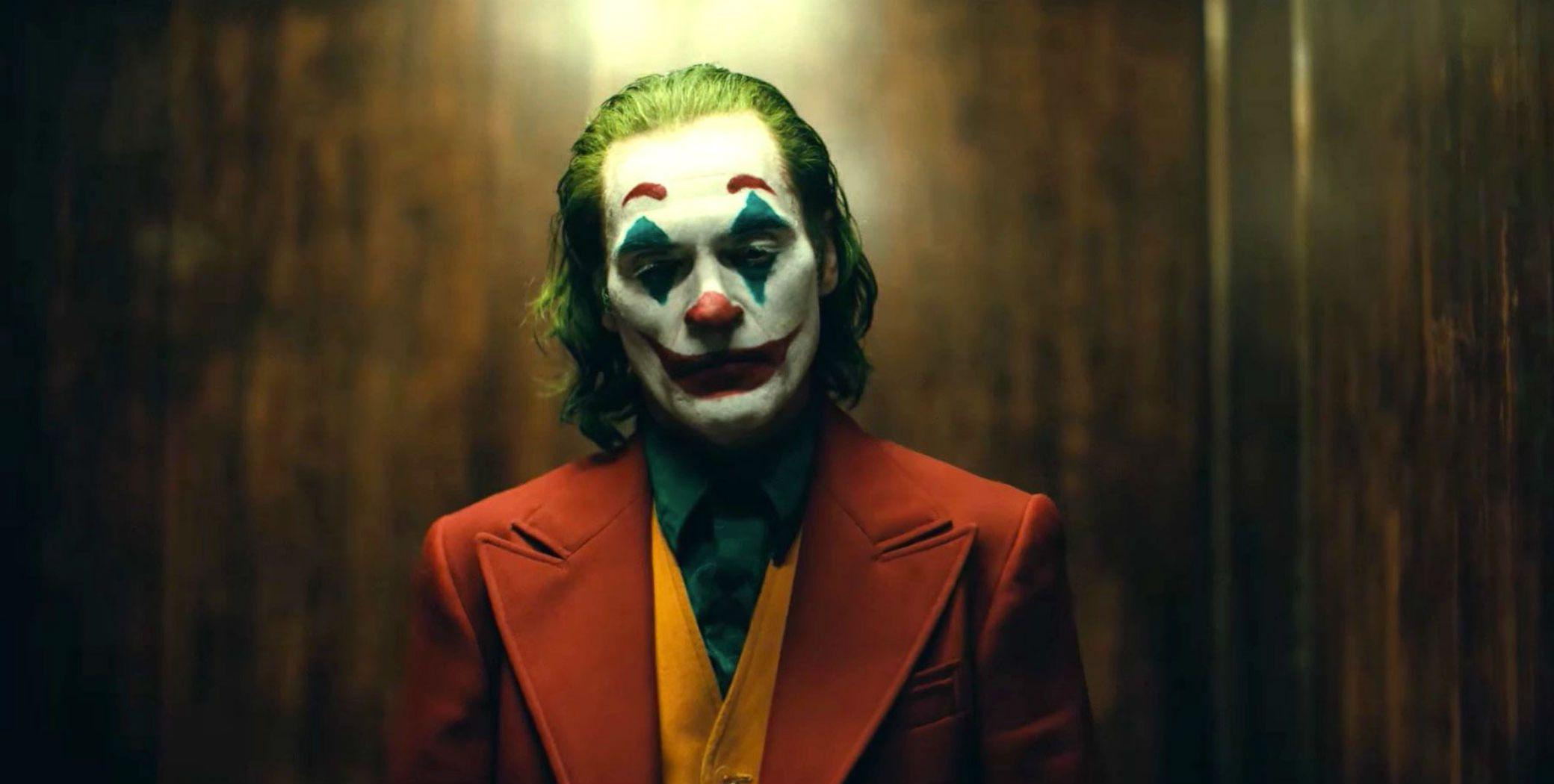 Joaquin Phoenix Joker Spotlight 1567253994